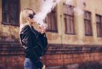 """CANADA: E-sigaretta accusata di creare """"nuova generazione di fumatori"""""""