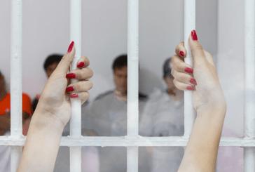 THAÏLANDE : Une touriste utilise une e-cigarette et se retrouve en prison !