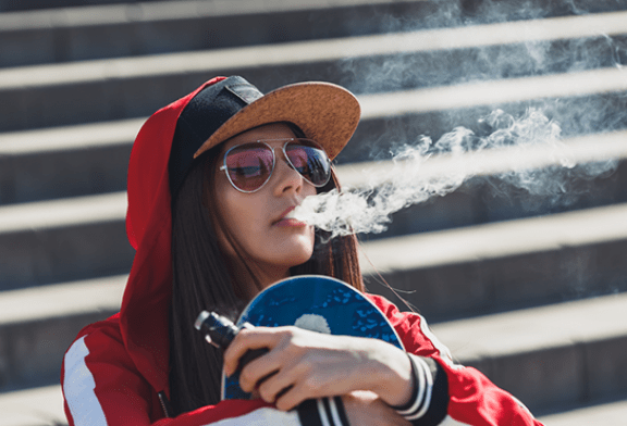 CANADA: Ottawa today has more vapers than smokers among youth.