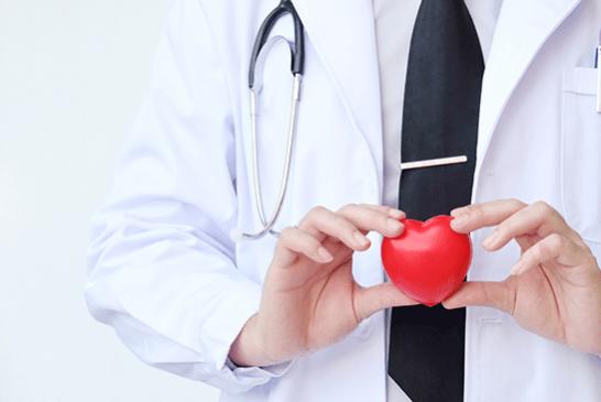ЗДОРОВЬЕ: Пассивное курение подвергает детей хрупкости сердца!