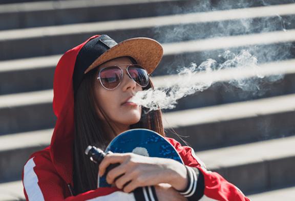ROYAUME-UNI : 40% des boutiques vendent illégalement des e-cigarettes aux mineurs !
