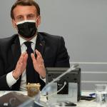 """צרפת: עמנואל מקרון מכוון ל""""דור ללא טבק """"בשנת 2030"""