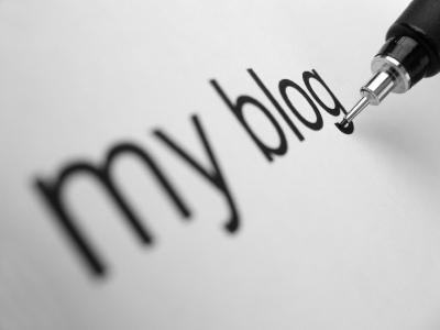 Bloggerne legger verden for sine føtter