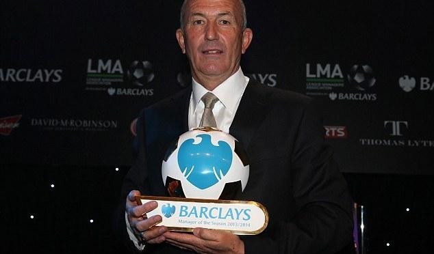 Premier League manager gir seg bare timer før seriestart!