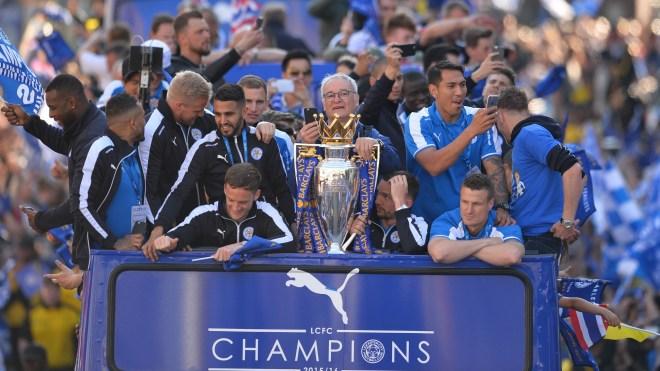 England – mesterne har sparket manageren!