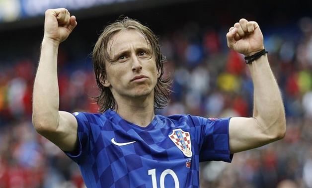 England ute, Frankrike – Kroatia til finalen!