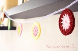 crochet-circles-garland-2