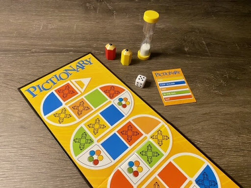 Pictionary Game Board, Timer, Meeples, Dice and Card