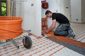 Vloerverwarming verdeler aansluiten