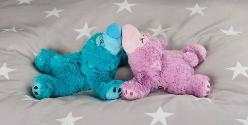 warmies sömnbjörn turkos scene