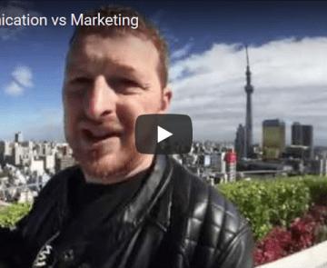 Communication vs Marketing (allégorie du Yakitori)