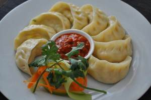 silli-chilli-rep-thai-chicken-momo-www-expatads