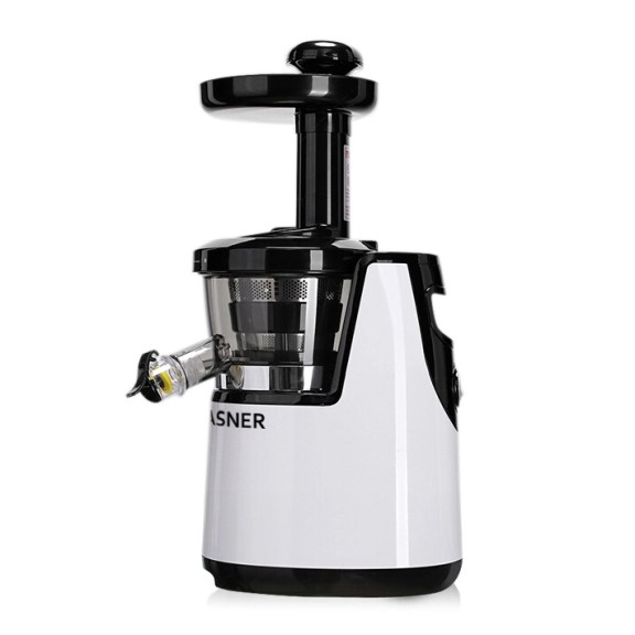 VASNER's cold press juicer Juica in white with slow juicer technology