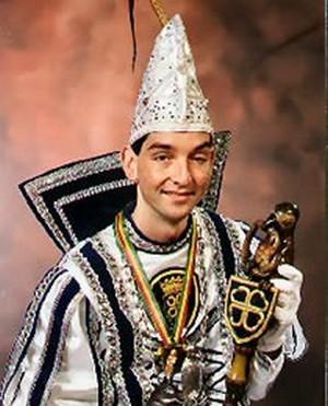 1999: Sjtadsprins Frank II