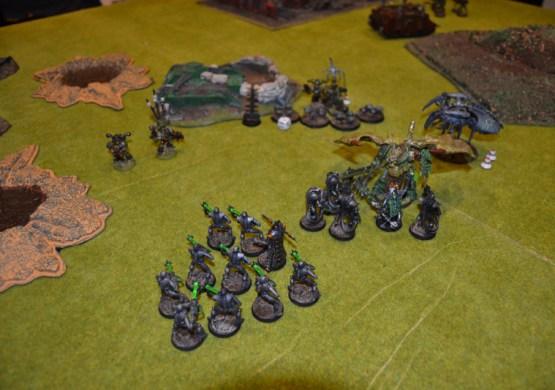 Ashrok sigue luchando contra los Inmortales.