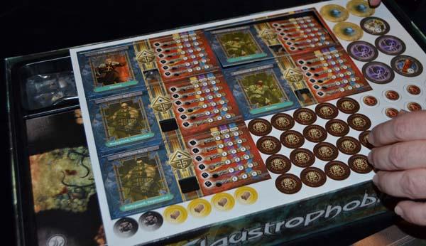 Tarjetas de referencia y tokens.