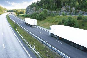 Tieliikenteen ilmastopäästöt nopeammin alas ‒ Neste ja kuljetusalan kumppanit edistävät uusiutuville polttoaineille uutta veromallia Suomeen