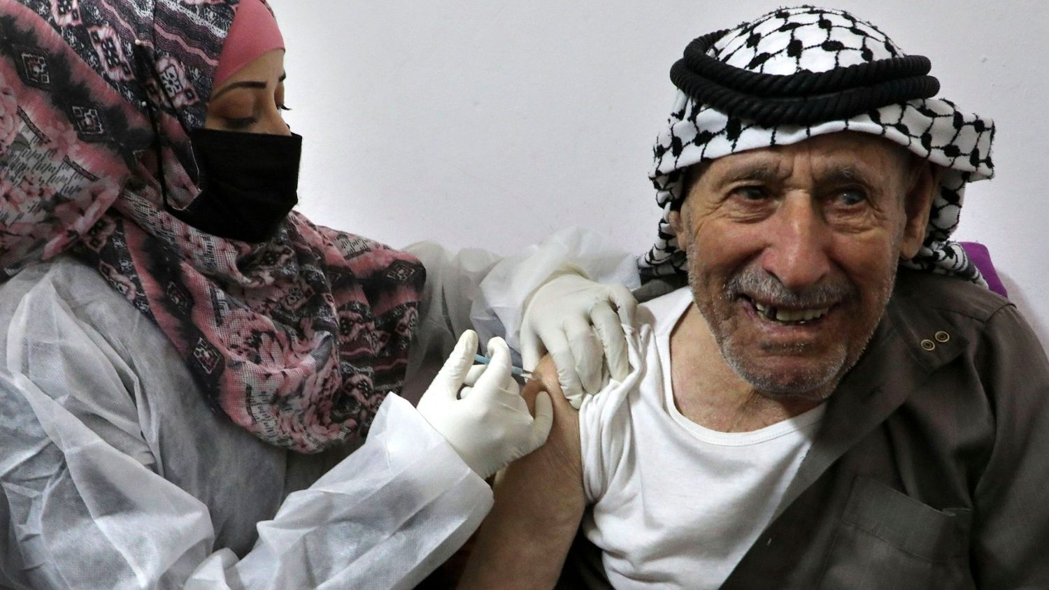 WCC calls for access to vaccines for Palestinians in Occupied Territories - Vatican News