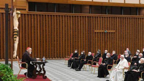 Cardinal Raniero Cantalamessa delivering his Lenten sermon to Pope Francis and his collaborators