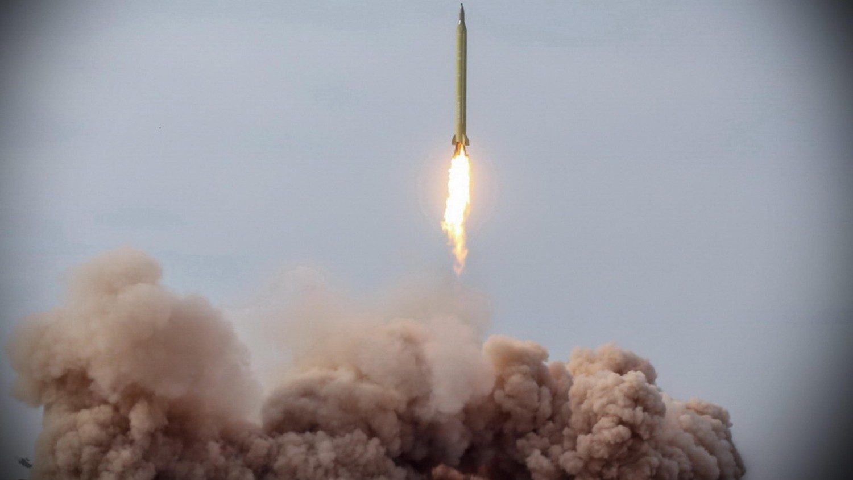 Iran test-fires ballistic missiles on ocean targets - Vatican News