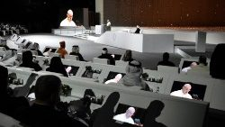 Pope in UAE: Address to Fraternity Conference - full text
