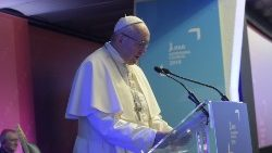Pope to IFAD: Putting technology at the service of the poor