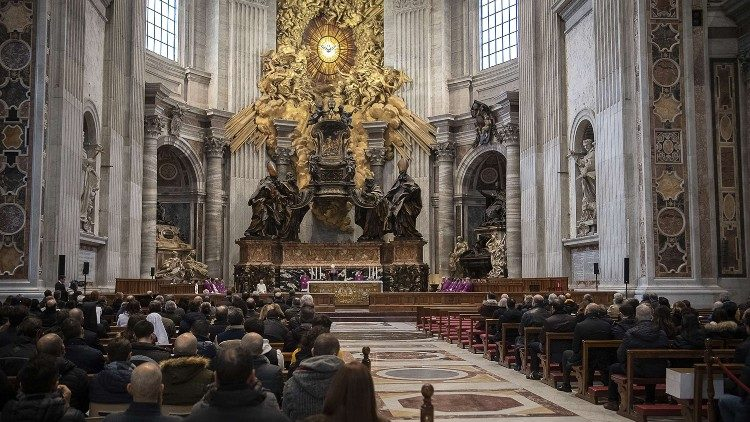 2018.12.17 Santa Messa per il personale dicastero per la comunicazione, officiata da S.E.R. Monsignore  Edgar Pena Parra, Sostituto della Segreteria di Stato