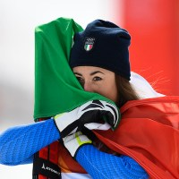 Una straordinaria Sofia #Goggia conquista l'oro nella discesa libera alle Olimpiadi invernali di #PyeongChang