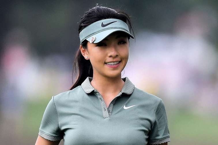 Muni HE of China smiles during the Honda LPGA Thailand at Siam Country Club on February 24, 2018 in Chonburi, Thailand. (Photo by Thananuwat Srirasant/Getty Images)