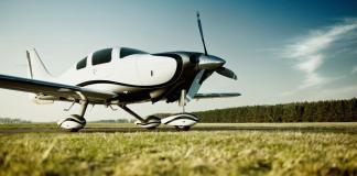 Die deutsch-französische Mitflugzentrale Wingly sammelt 2 Mio. EUR von der Venture Capital-Gesellschaft Howzat Partners und bekannten Investoren ein.