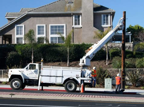 pole-removal-huntington-beach-ca