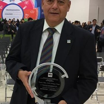 Dr. Roberto Rodríguez Venegas
