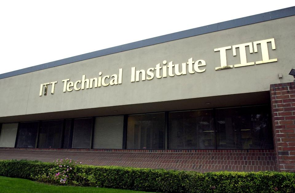 HARD LUCK, GOOD NEWS IN OXNARD | Local ITT Tech shutters; audit of audit complete