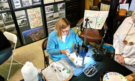 ART'S A BEACH | Port Hueneme workshop recycles glass litter for ocean-inspired artistry