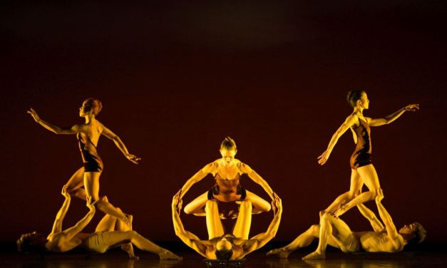 DANCING HOME | Moorpark dancer performs in Thousand Oaks with MOMIX