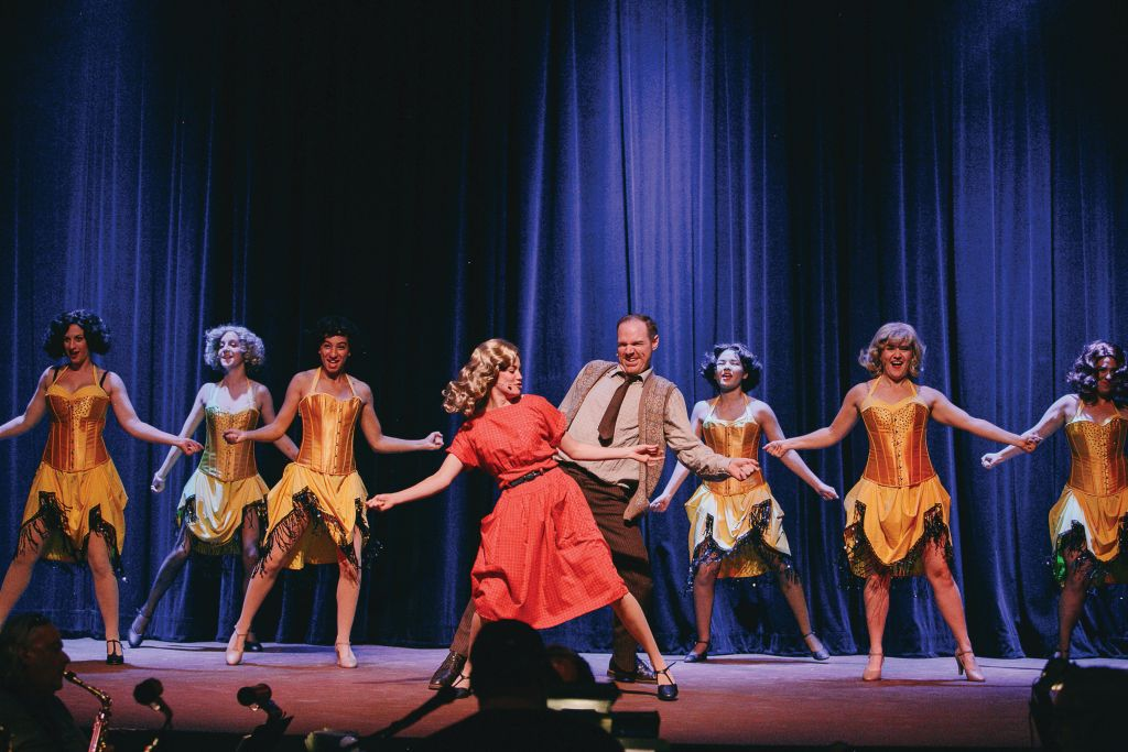 HOLIDAY SPARKLE ON STAGE | Ventura County shines in December with ...