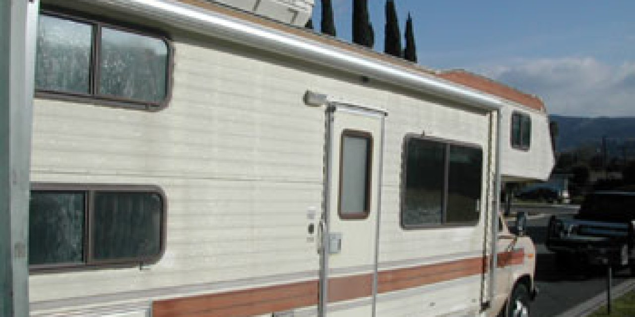 Nonprofit takes wheel of RV donations to homeless