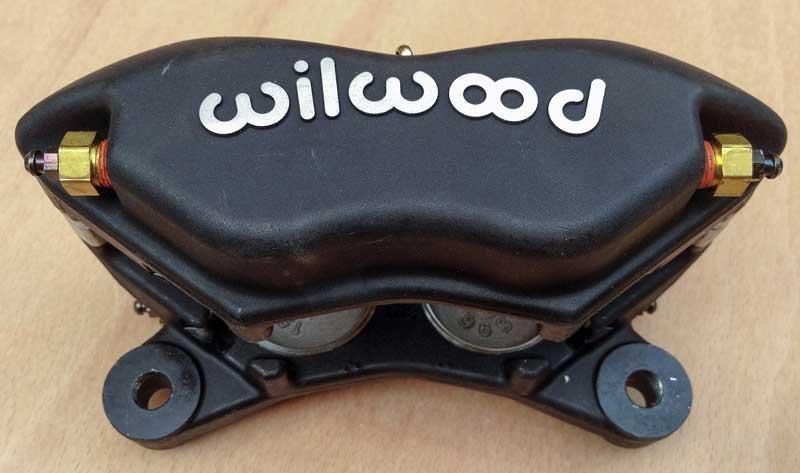 Fellows Speed Shop disc brake kit - Willwood 4 pot calipers
