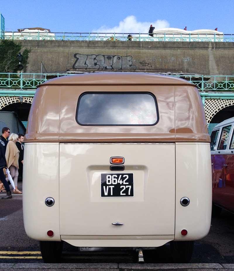 simplicity at its best – a bad ass barndoor bus