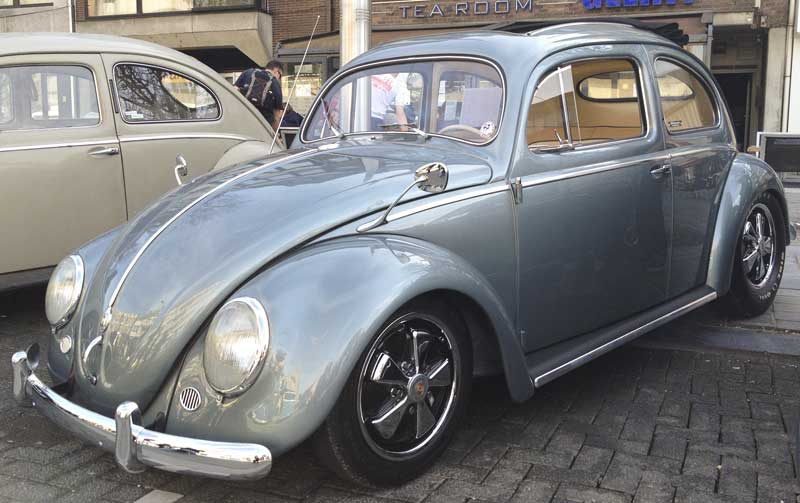 sweet looking ragtop bug on detailed Porsche fuches