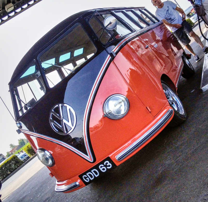 Stunning Barndoor 23 window samba with fuel injected engine and Devon interior… nice!
