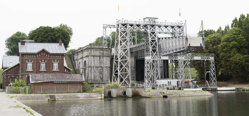 the historic boat lift number 4 of Strepy Thieu