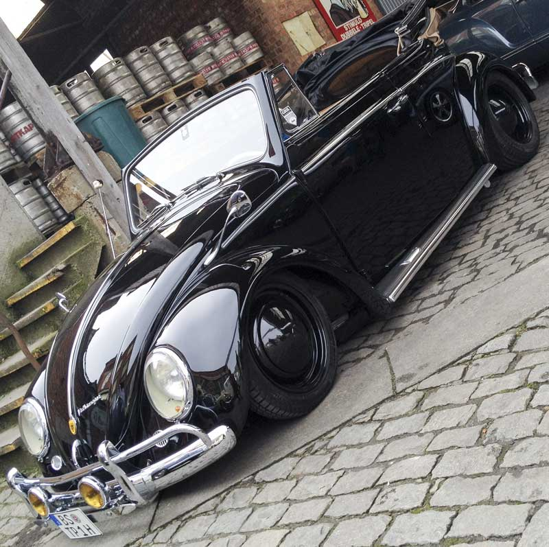 Witkap Brewery Ninove is a cool venue with great cars to be seen