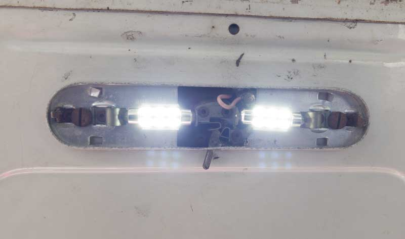 new LED's give a much brighter 6500K white light