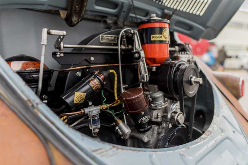 nicely detailed iconic flat four air cooled engine