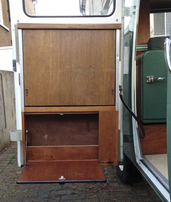 The Canterbury Pitt door mounted cooker has built in storage underneath