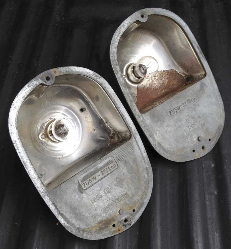 Original pair of VW stamped USA spec rear light bulb holders (62-7/71)
