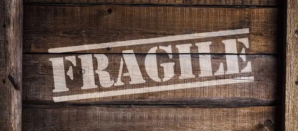 Tips on how to pack fragile items