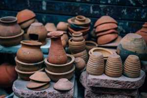 Pottery pots.