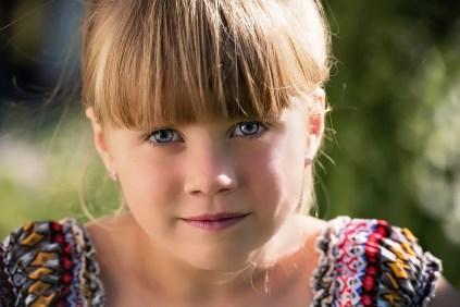 occhi azzurri, chiari dipendono dalla quantità di melanina nell'iride